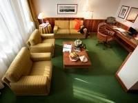 suite 511 living
