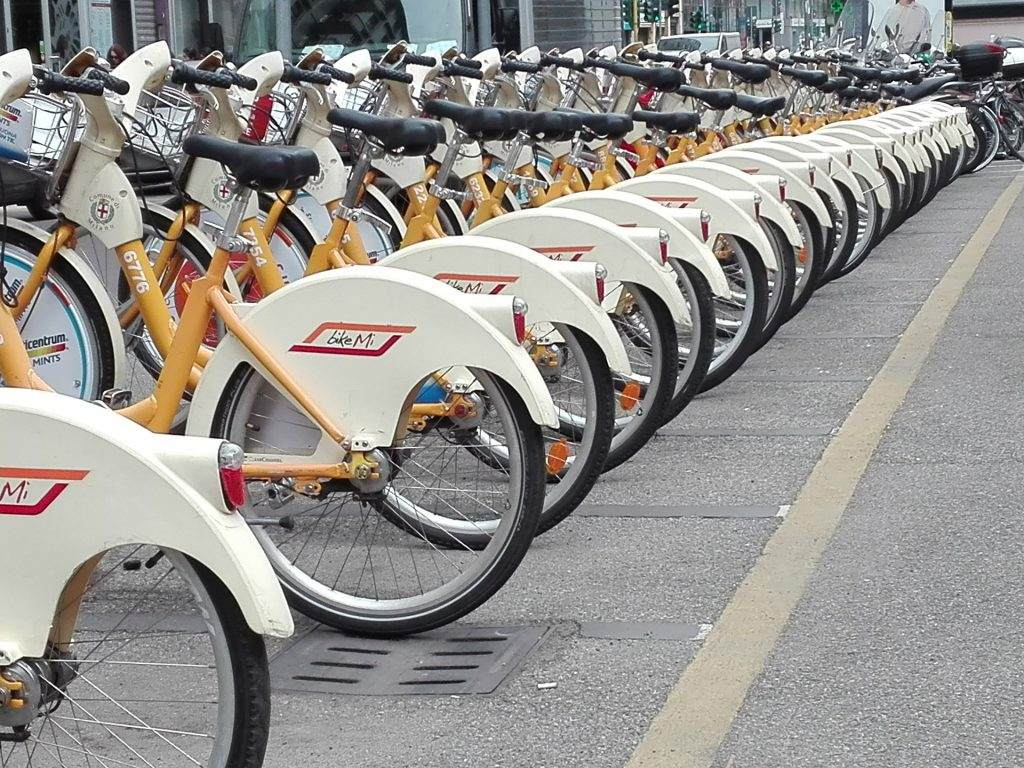 Milano on two wheels the new bike sharing services for Mobile milano bike sharing